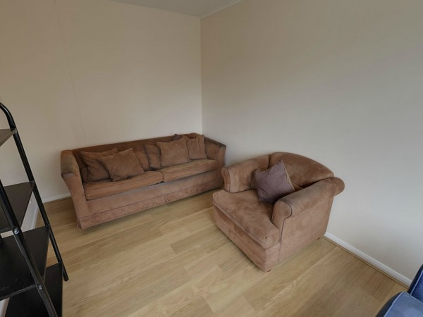 Rent student accomodation in Farnham, houses for UCA Students