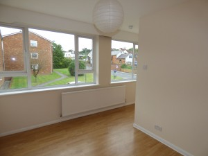 Bedroom 4 - 1 Dollis Drive - Student homes Farnham for UCA Students