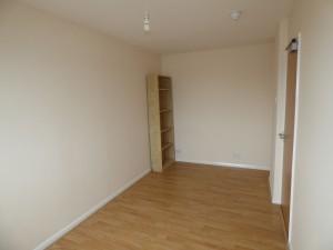 Bedroom 5 - 1 Dollis Drive - Student homes Farnham for UCA Students