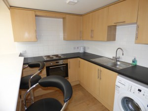 Kitchen - 1 Dollis Drive - Student homes Farnham for UCA Students