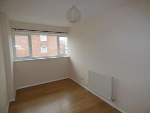 Bedroom 8 - 21 Dollis Drive - Student homes Farnham for UCA Students