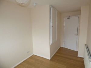 Bedroom 5 - 21 Dollis Drive - Student homes Farnham for UCA Students